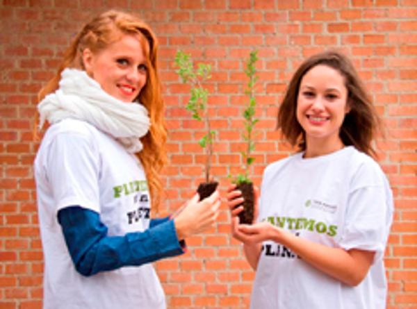 La fundación de la franquicia Yves Rocher planta por el planeta junto a María Castro y Aida Folch