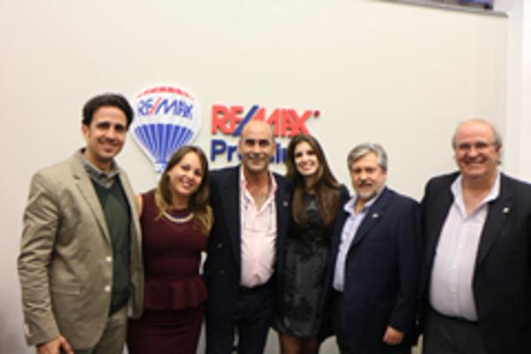 Re/max premium inaugura las nuevas instalaciones de su franquicia en Villaviciosa de Odón
