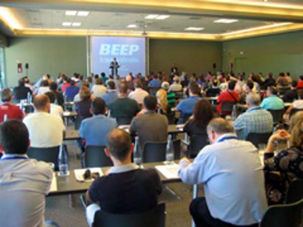 Más de 200 franquiciados de las franquicias BEEP acuden al Meeting 2014