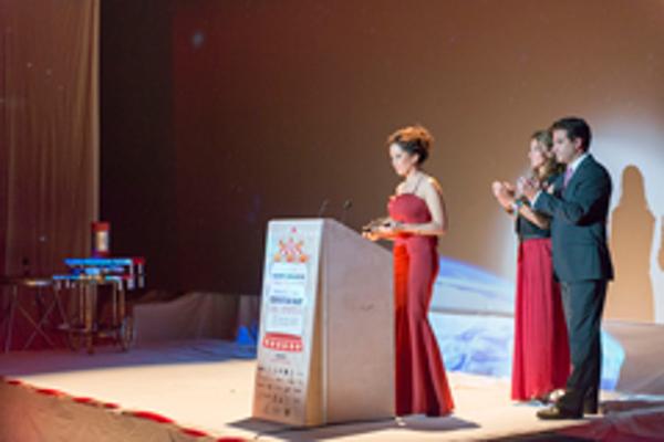 La franquicia holaMOBI premiada como mejor Acción de Ventas y Distribución