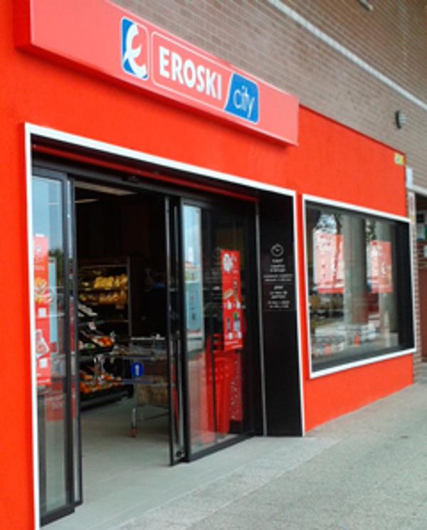 Grupo Eroski abre su octava franquicia de supermercado en Álava