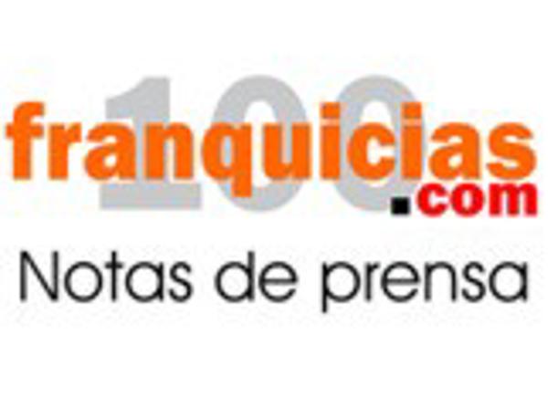 Espectacular acogida de Portaldetuciudad.com en la feria de franquicias de Valencia.
