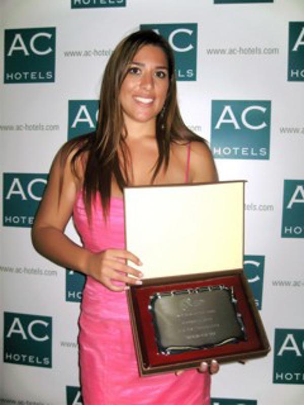 El Premio MÁS Emprendedora 2010 recae en la franquicia Almeida Viajes