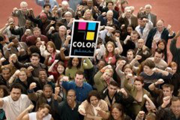 Si Color Plus no va a la feria, los franquiciados vienen a Color Plus
