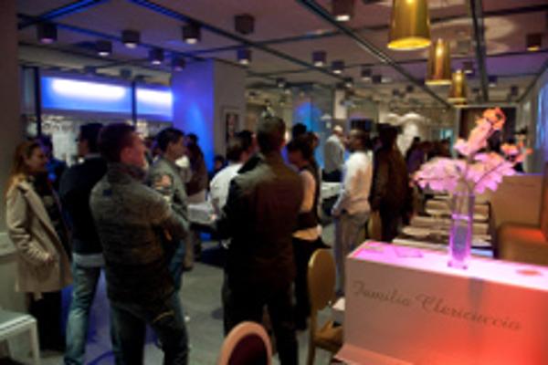 Inauguración de un nuevo restaurante propio de La Mafia  en Zaragoza