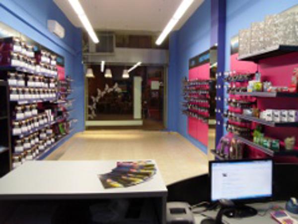 Real Color abre nueva franquicia en el centro de la ciudad de Tarragona