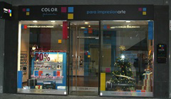 Apertura  de la franquicia Color Plus en Cuarte de Huerva (Zaragoza)