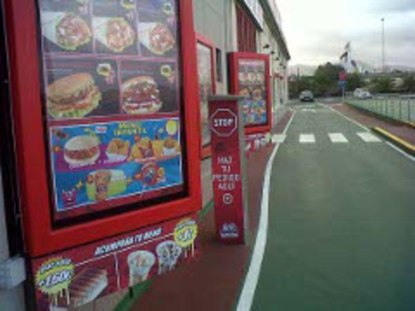 ADK inaugura su primera franquicia Auto Kebab