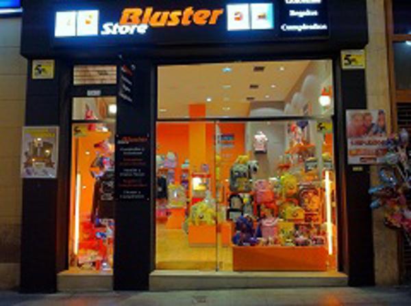 Inauguración en Cantabria de una nueva franquicia Bluster Store
