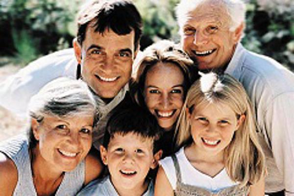Edades Servicios Sociales abrirá tres nuevas franquicias