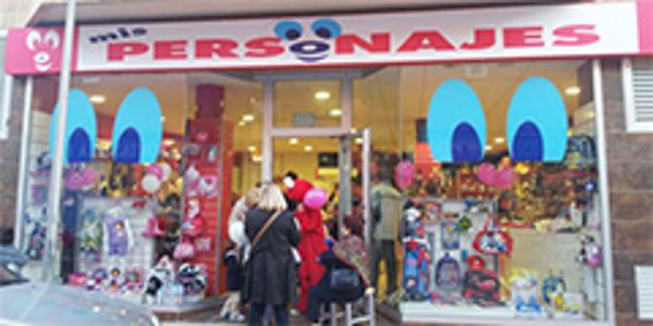 Las franquicia Mis Personajes abre dos tiendas nuevas