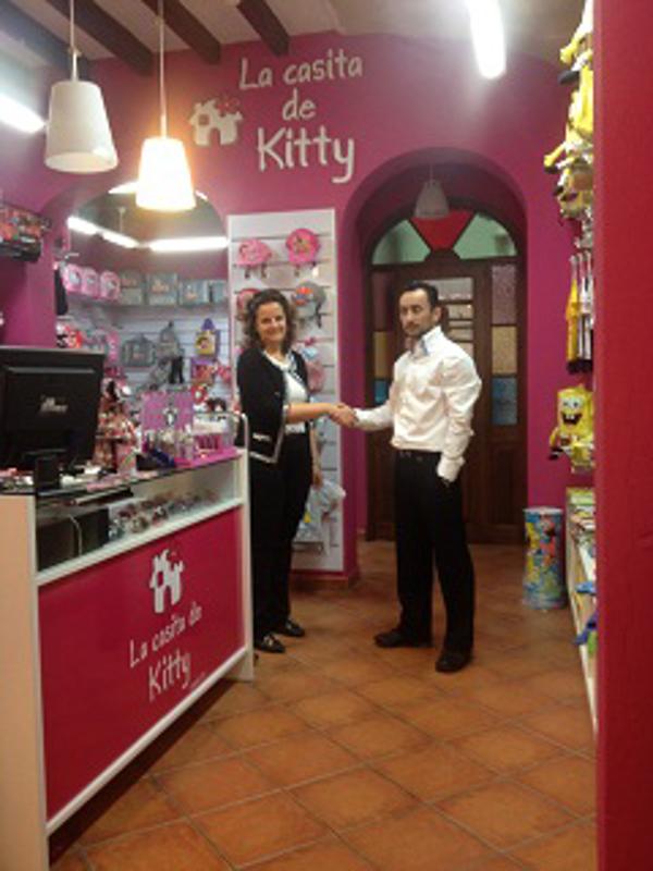 Inauguración de una nueva franquicia La casita de Kitty