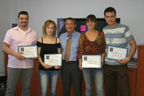 Las franquicias Color Plus Castell�n y Benetusser obtiene sus certificados