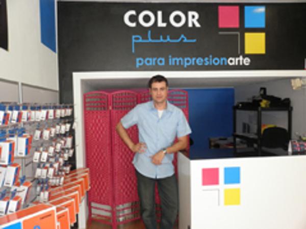 Color Plus abre una nueva franquicia en Castellón