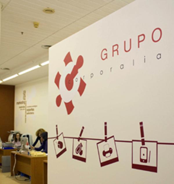 Franquicia Puzzle Rojo: La cartelería digital uno de los medios más rentables