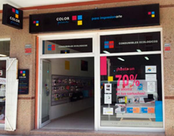 Apertura de la nueva franquicia Color Plus Tenerife Sur