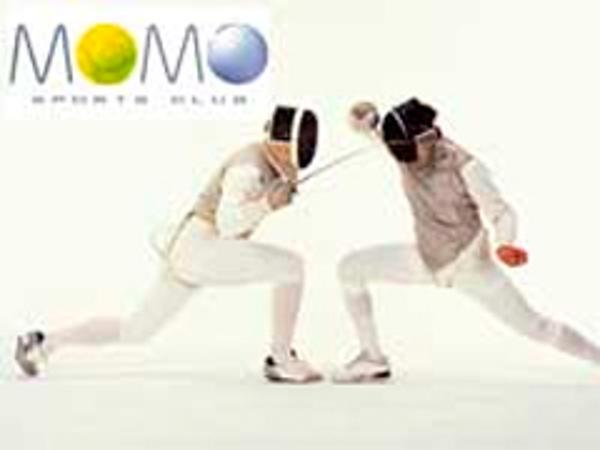 Momo Sports Club comienza a dar clases de esgrima en sus franquicias