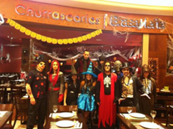 Brasayleña festeja Halloween en sus franquicias con un menú terrorífico